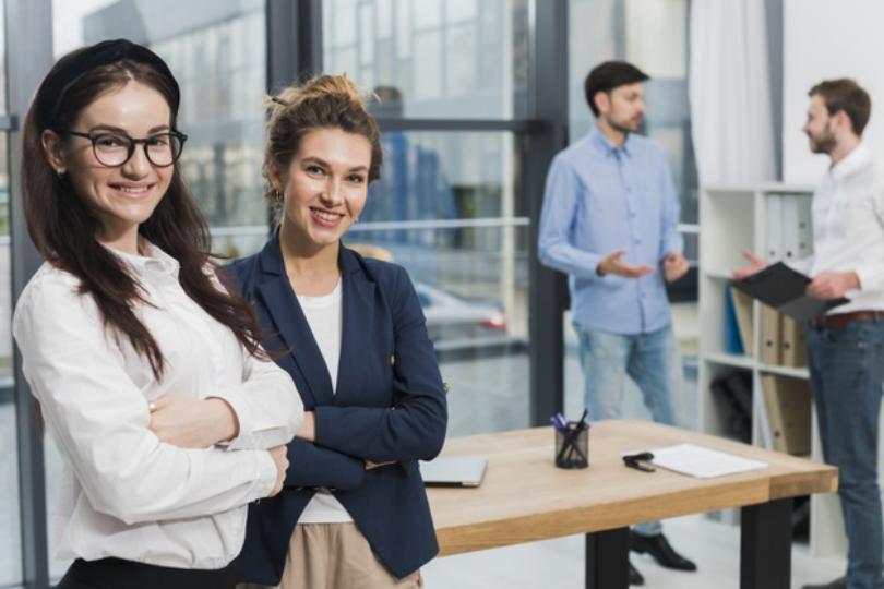 Blije medewerkers met een Flex-Vast contract
